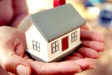 Ипотека-на-жилье-в-Росссии-225x150 - Взять деньги под залог квартиры